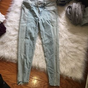 American Eagle cropped skinny jeans